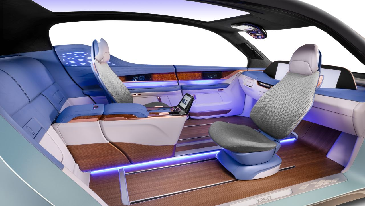 Apple en conversaciones con Mercedes Benz para producir autos Apple